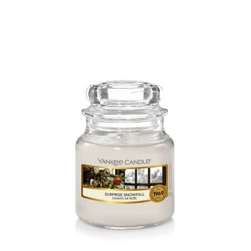Yankee Candle Small Jar Surprise Snowfall