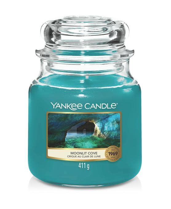 Yankee Candle Moonlit Cove Medium Jar
