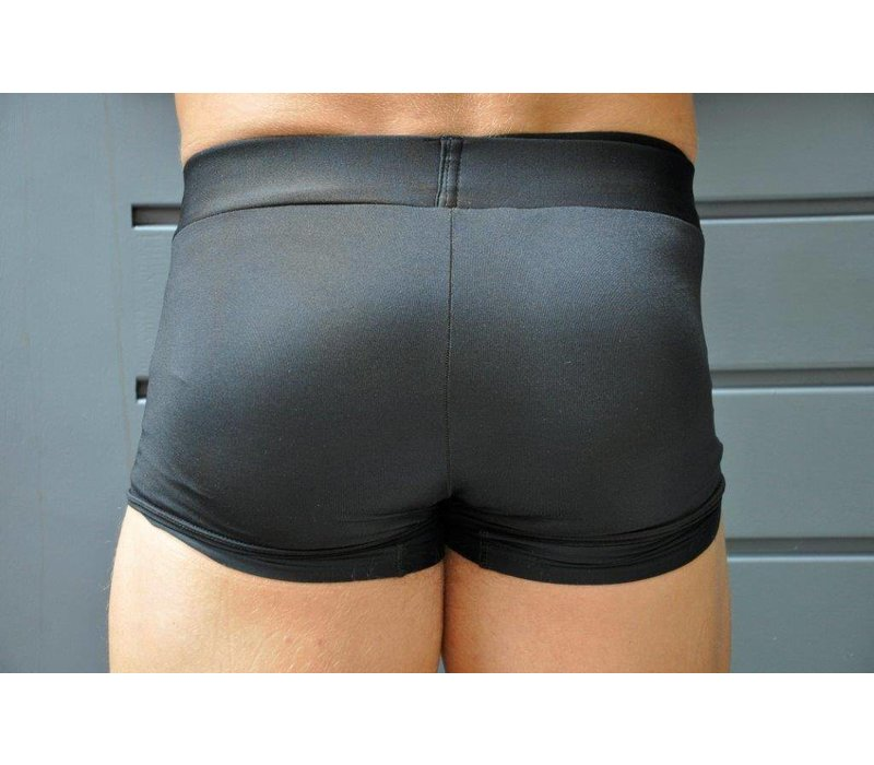 Body and Fashion classic short