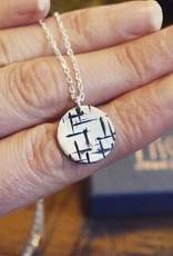 Taer Jewellery Taer Jewellery Round Pendant A Maze In
