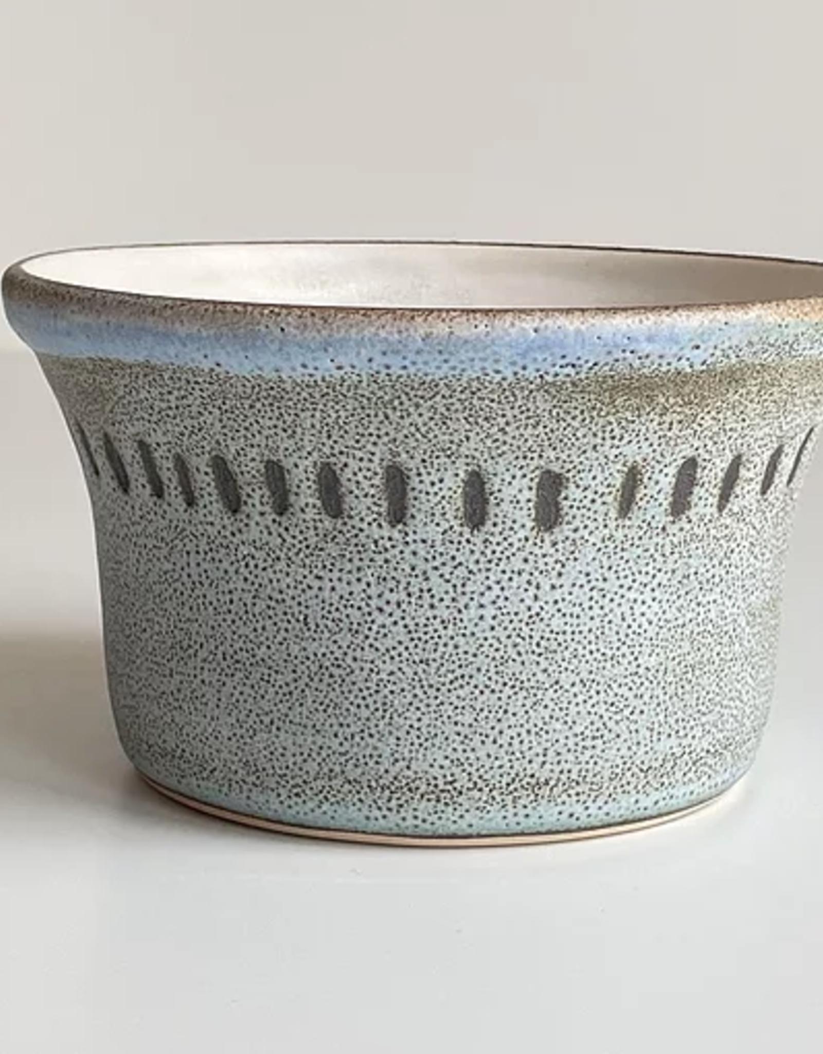 Magda Bethani MBC/BLBD Large bowl blue with dots