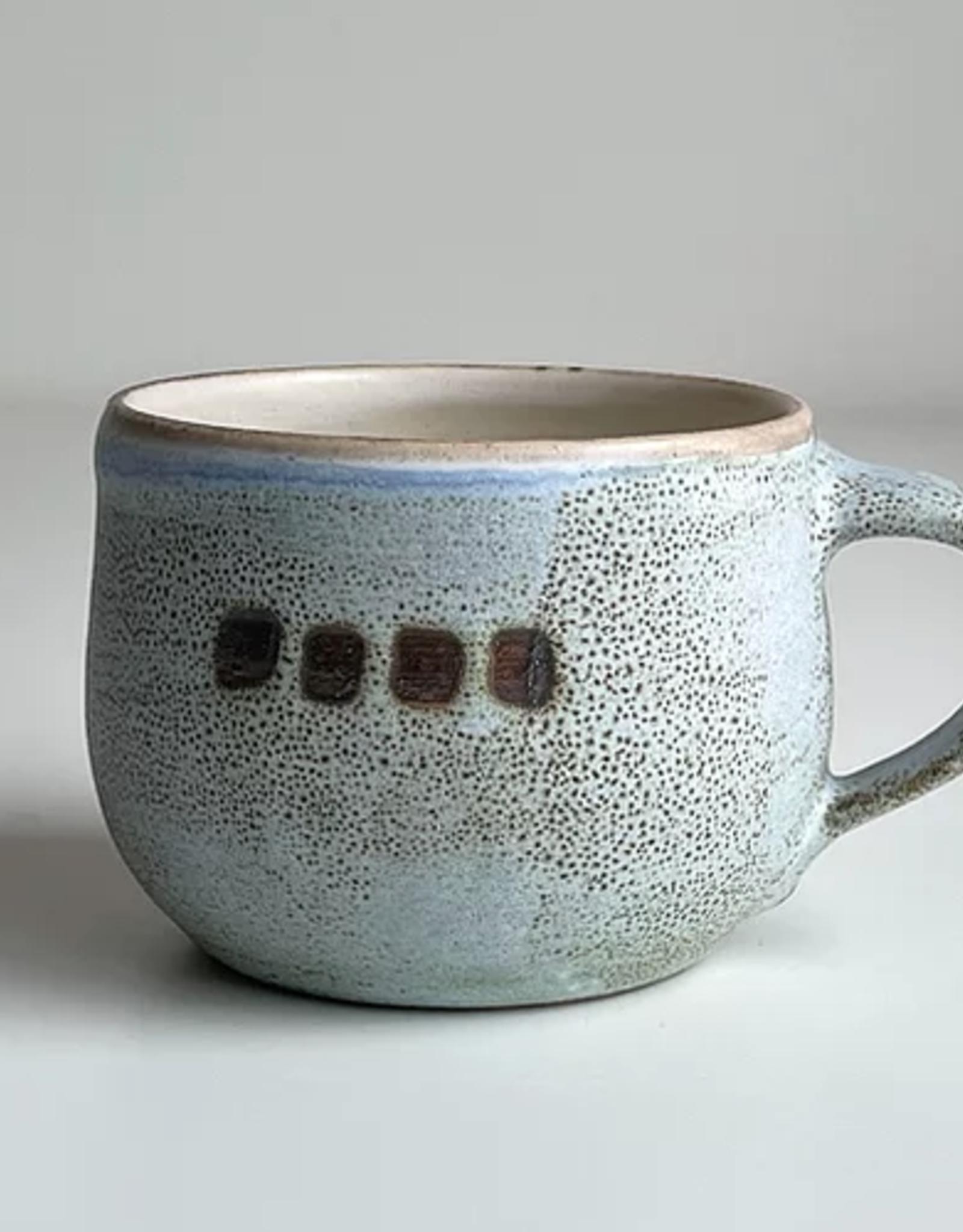 Magda Bethani MBC/MRBD Round mug Blue with dots