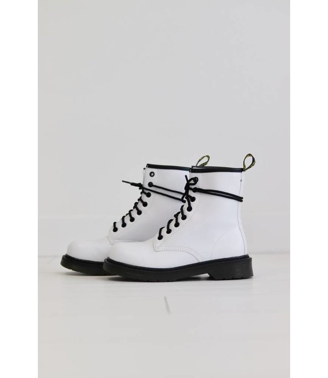 DR BOOTS WHITE