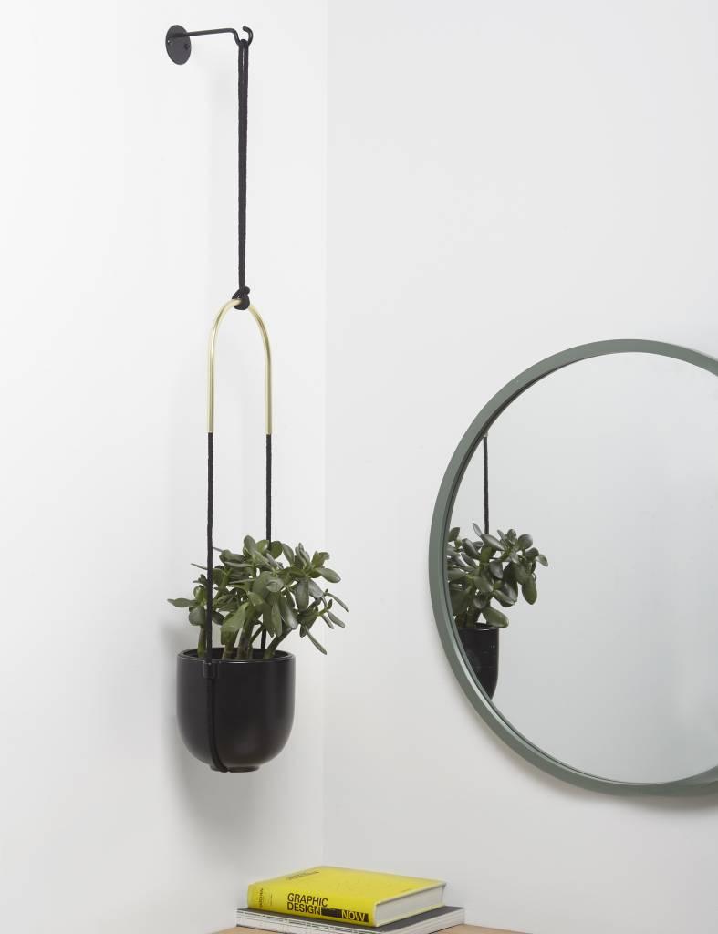 Hangende plantenpot 'Bolo Planter' van Umbra