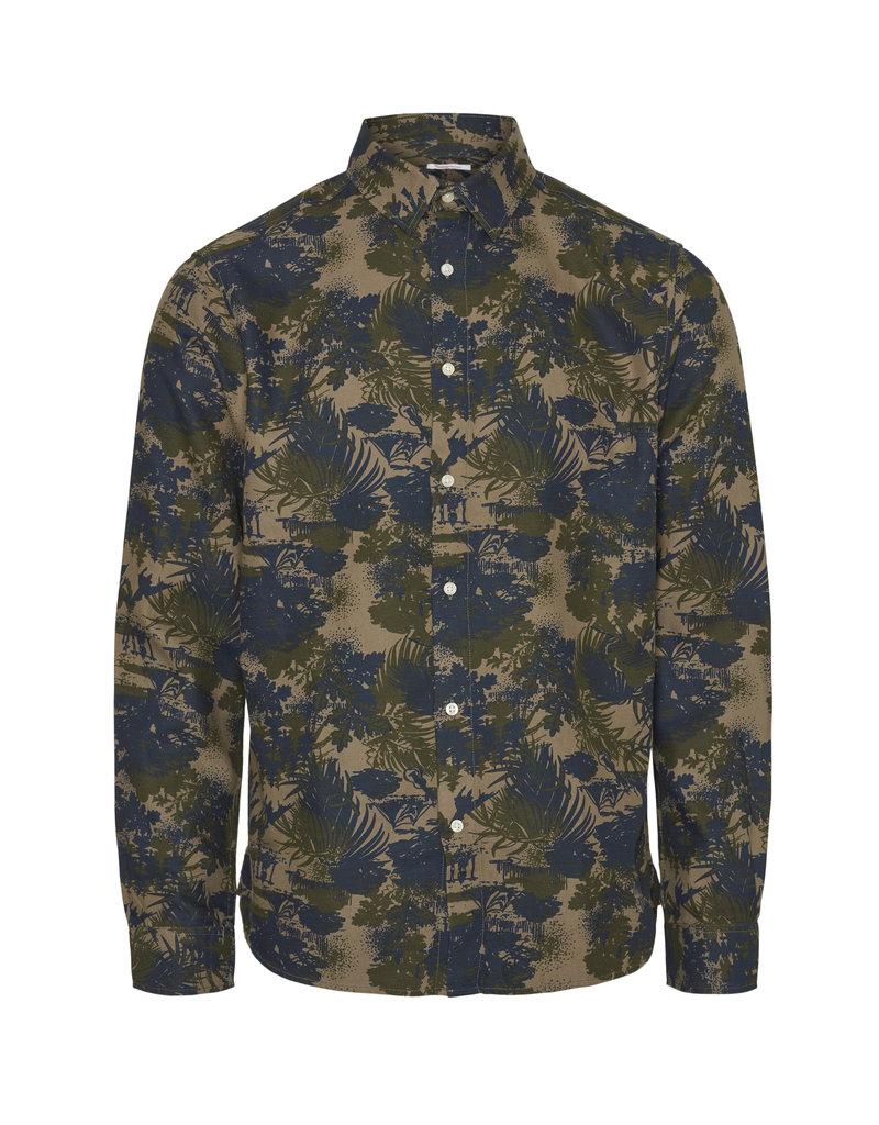 KNOWLEDGE COTTON APPAREL Knowledge Cotton Apparel Larch Casual Fit Tencel AOP Shirt - OCS/VEGAN Burned Olive