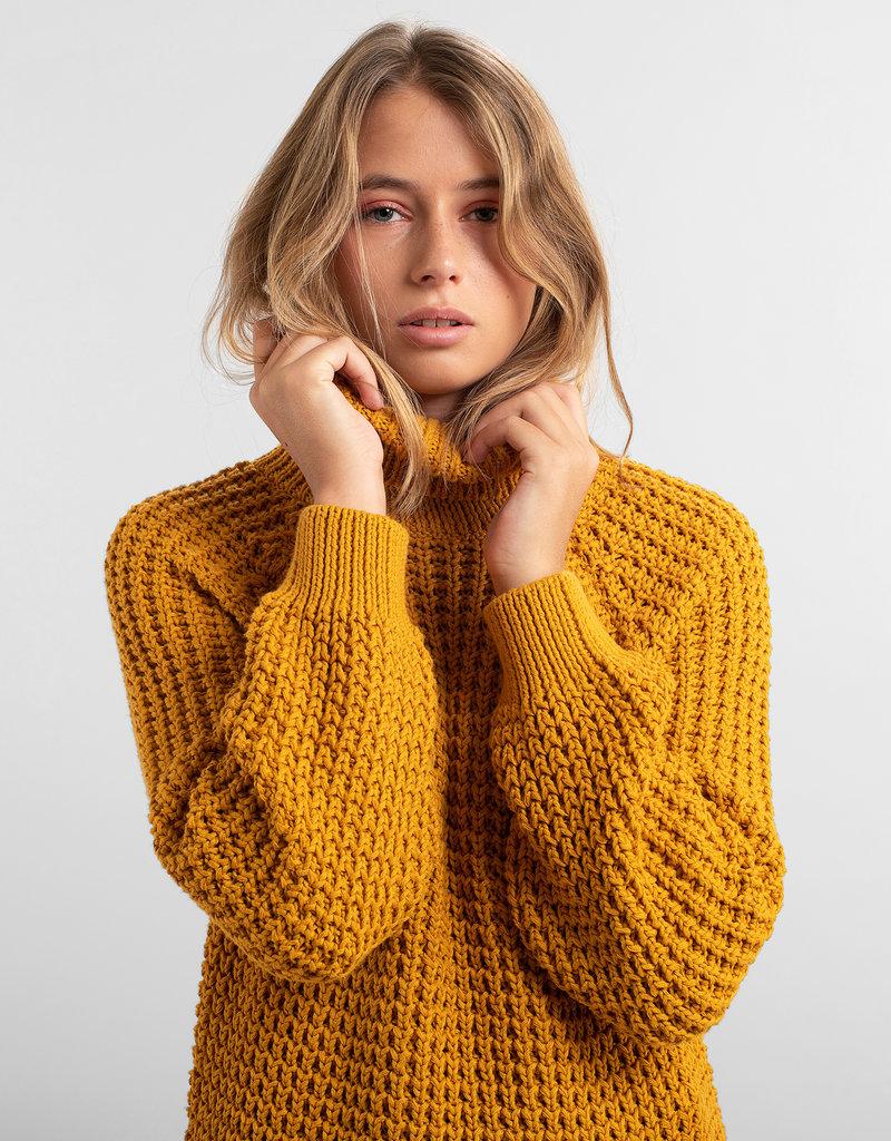 DEDICATED Dedicated Sweater Olso Golden Yellow