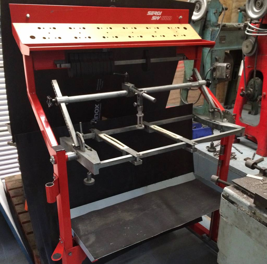 Serdi SW 800 Cylinder Head Workstation    SOLD
