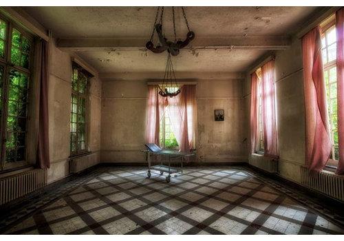 Steven Dijkshoorn Abondoned room