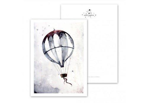 Leo La Douce Flying Balloon