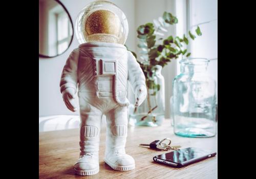 Donkey Summerglobe - The Giant Astronaut