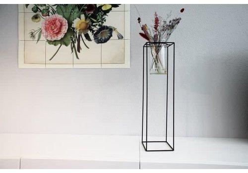 Housevitamin Standing Vase in Metal Standard Black L