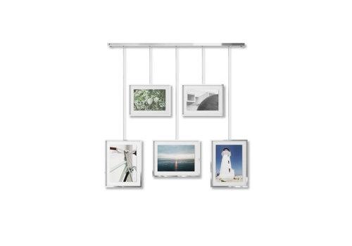 Exhibit-  fotodisplay in chroom