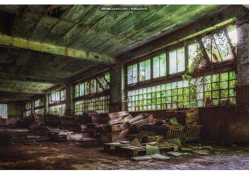Steven Dijkshoorn Abandoned boxes