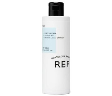 REF Cleansing Toner
