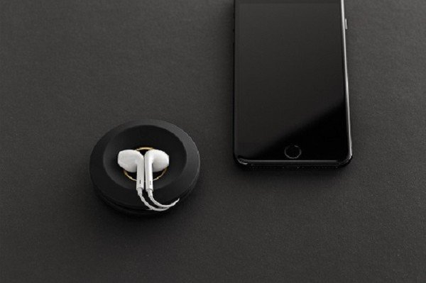 Bluelounge Cableyoyo Gold Black