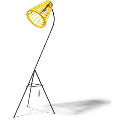 Lampada da terra gialla