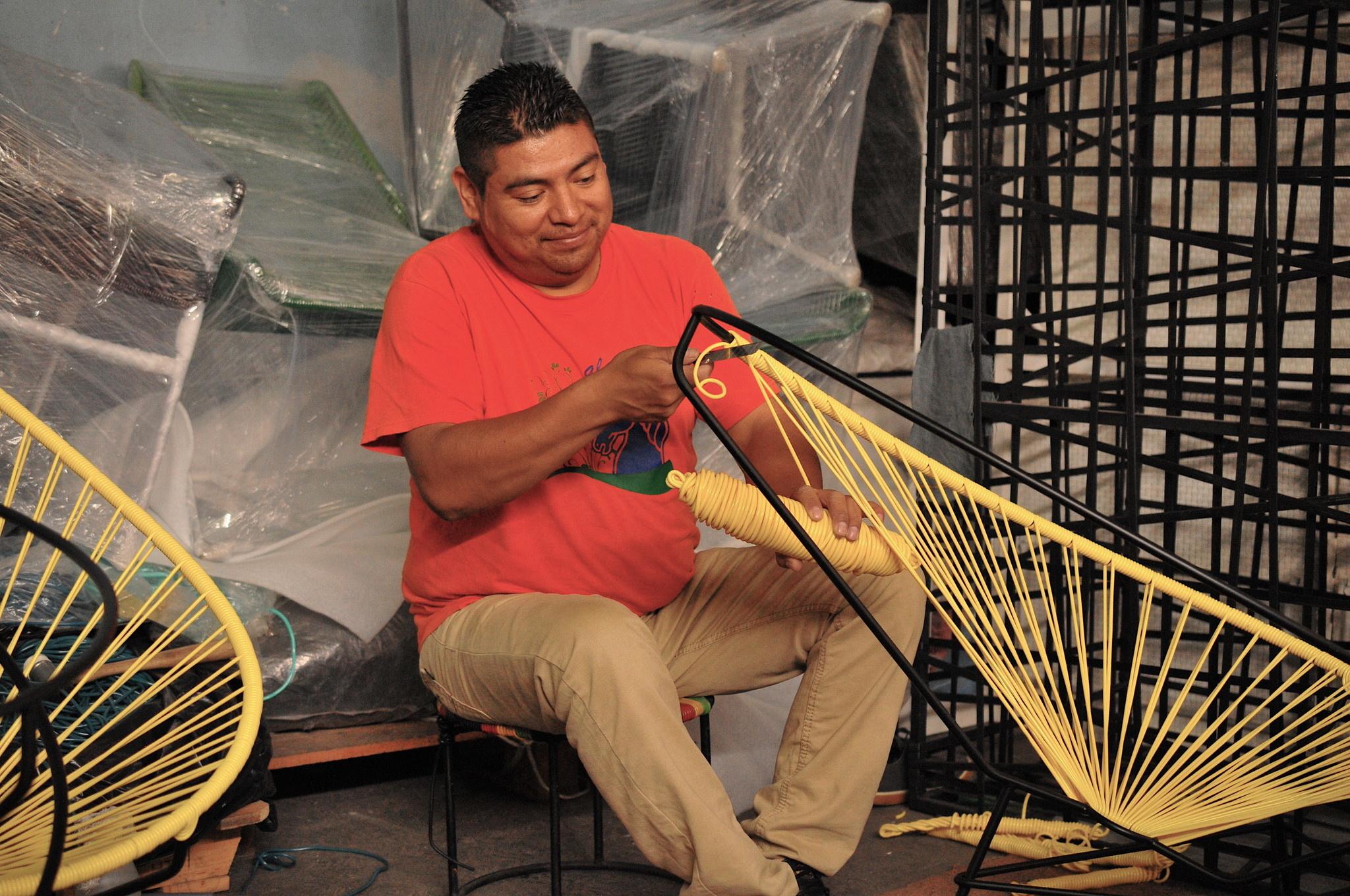 Der originale Acapulco Stuhl: Wie es gemacht wird