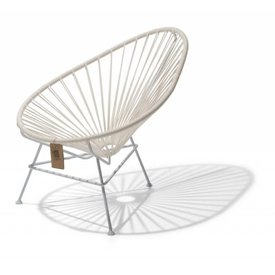 Acapulco kids chair in 100% white edition