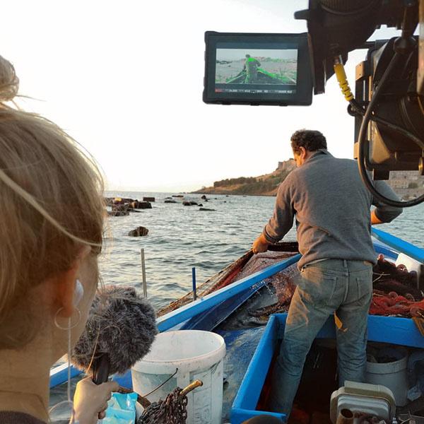 'The Shapes of Lesbos' (AT) Dokumentarfilmdreh auf Lesbos - Ein Gastbeitrag von Romina Schade und Jana Stallein