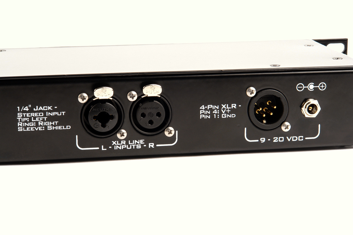 Remote Audio Remote Audio - SpeakEasy R1 - Aktivlautsprecher im 19 Zoll-Format