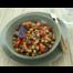 Vegan kikkererwtensalade met amandelen en dadels