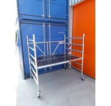 BIG-1 Kamersteiger 1.35m x 1.85m x 1.90m met 2 x platform 1.90m