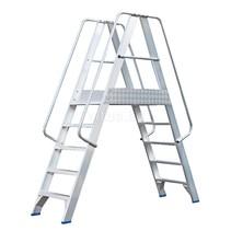 Solide platform dubbele toegang  2 x 5 treden 1,25m