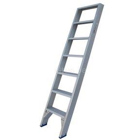 Solide rechte enkele trap 7 treden