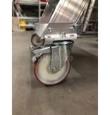 Altrex Bordestraponder hoek 45 graden met 4 wielen - tredebreedte 60 cm 3 treden + bordes