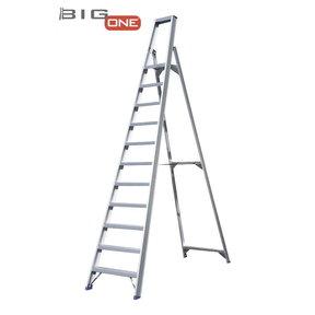 Trapladder 11-treden- stahoogte 2.75m