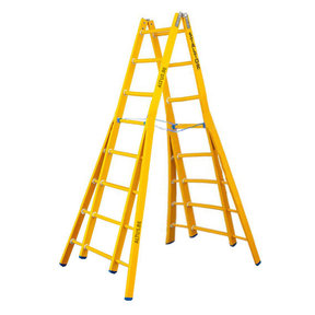Dubbele GVK ladder 2x8 sporten verbrede basis opengaande bomen