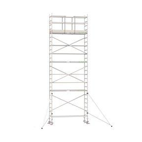 8.20m werkhoogte x 90cm breedte x 250cm platformlengte