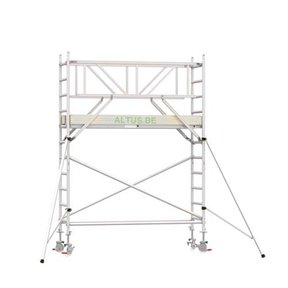 4.20m werkhoogte x 90cm breedte x 190cm platformlengte