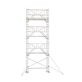 8.20m werkhoogte x 90cm breedte x 190cm platformlengte