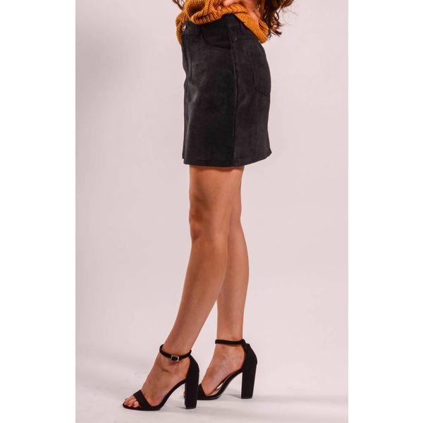 Soft ribbed black skirt