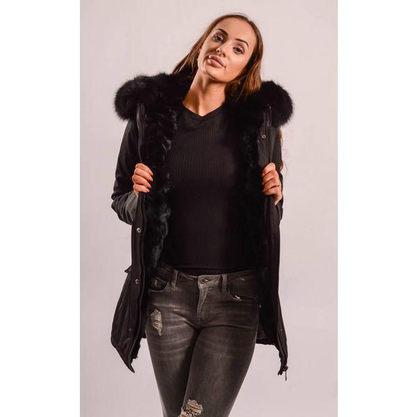 Black parka Real fur/ inside