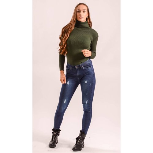 High turtle neck ribbed green