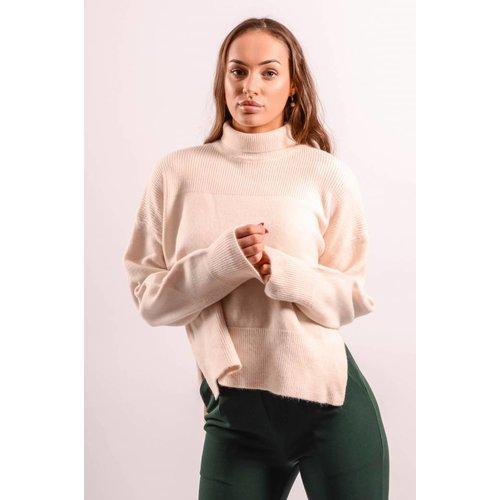 Soft oversized sweater beige