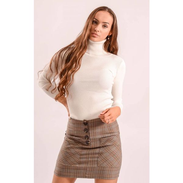 High turtle neck ribbed white