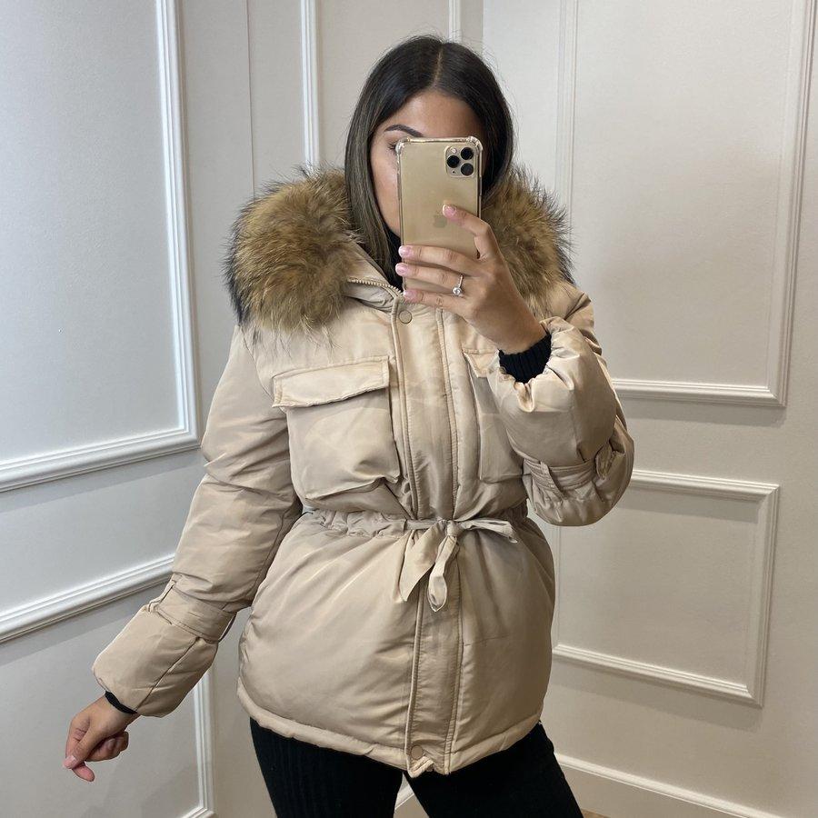 Parka jackets