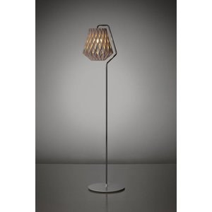 Showroom Finland Pilke 28 floor lamp