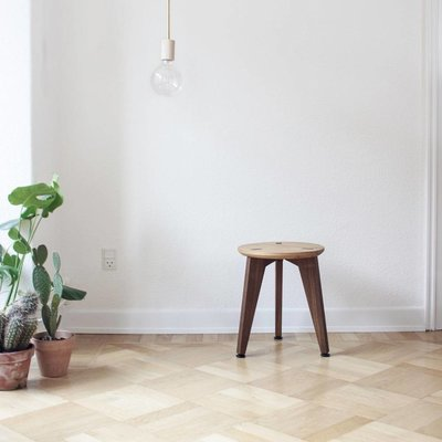 Roon & Rahn Rank stool