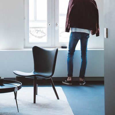 Mater Shell lounge stoel toonzaalmodel