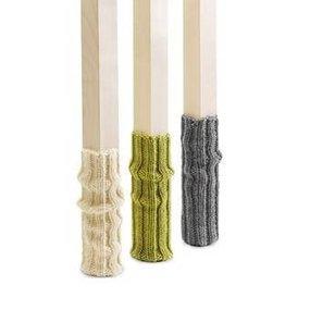 side by side Schemel set sokken