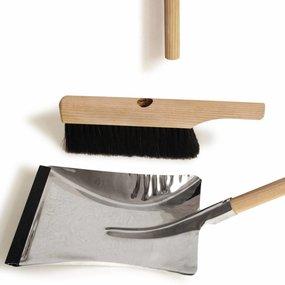 side by side Brush & Dustpan - toonzaalmodel