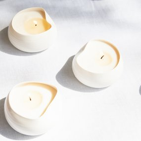 PTZE Porcelain studio Cocoon candles in gift box