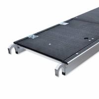 Euroscaffold Rolsteiger Compleet met enkele voorloopleuning 135 x 250 x 5,2m met lichtgewicht platform