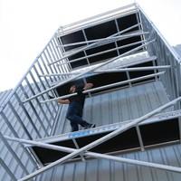 Euroscaffold Basis rolsteiger 75 x 190 x 10,2m werkhoogte met lichtgewicht platform