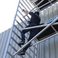 Euroscaffold Basis rolsteiger 135 x 250 x 10,2m werkhoogte met lichtgewicht platform
