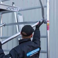 Euroscaffold Rolsteiger Compleet 135 x 305 x 8,2m werkhoogte met lichtgewicht platform